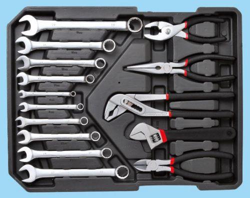Набор инструментов в чемодане Komfortmax KF-1062. Вид 3